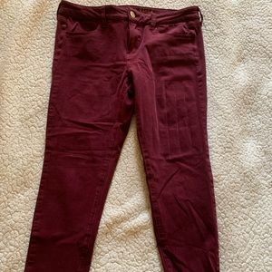 American Eagle Jeggings- Red Wine color